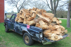 This Is How Much Firewood Can Fit In A Pickup Truck For Firewood